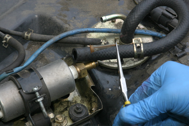 Replace Fuel Pump - CLUNKBUCKETClunkbucket